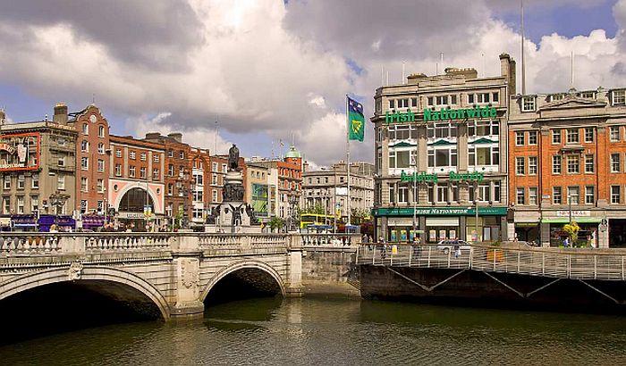 Irski ministar podnosi ostavku zbog širenja korone